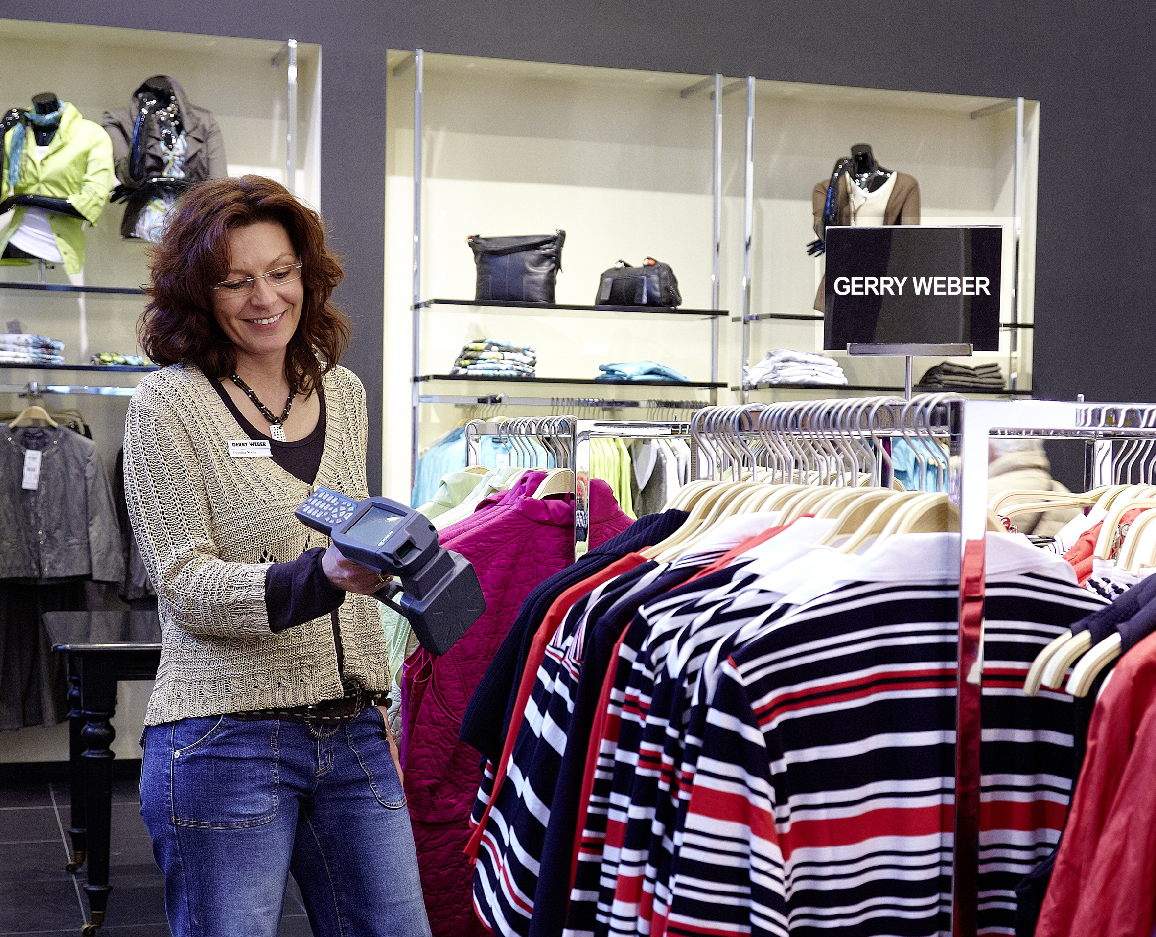 a sales assistant using RFID within a retail store
